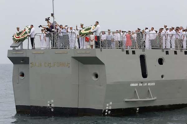 En el evento oficial por el Día de la Marina, en Progreso