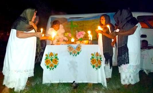 El grupo Chan Dzunu'un la noche del sábado en Muna (Foto prestada del Facebook de Daniel Matú Casanova)