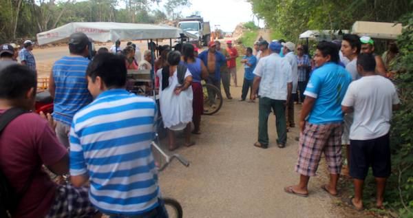 Ejidatarios de Xoy, decididos de detener los trabajos si no hay acuerdos sobre pago de tierras