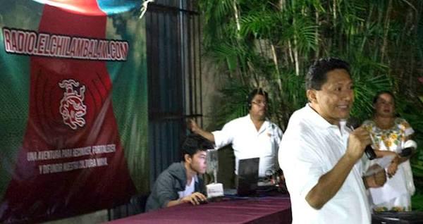 Un profesional de XEPET acompañando una propuesta de elchilambalam.com