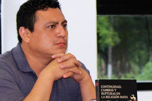 Lázaro Tuz Chí, catedrático de tiempo completo en la UNO, en Valladolid