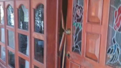 Agentes ministeriales allanan una vivienda y se llevan a la fuerza a niño de 3 años