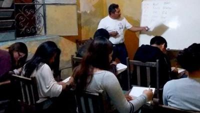 """El poeta maya Pedro Uc abre """"escuelita"""" de lengua maya en Mérida"""