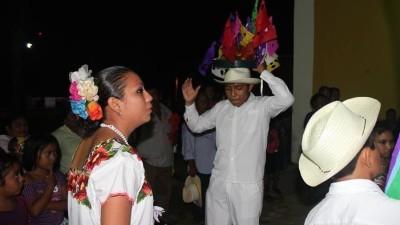 Comienza a transmitir Yúuyum, una radio en internet para reivindicar el idioma maya
