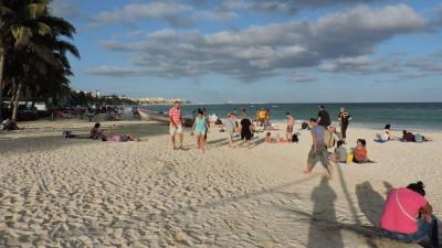 """La Riviera, un """"paraíso"""" accesible para los mayas pero sólo para trabajar"""