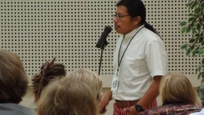 México niega visa a lingüista maya de Guatemala que venía a Mérida