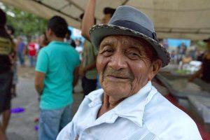 Ildefonso Tec, de Citilcum, dice no saben el origen delKots Kaal Pato. Foto de vice.com