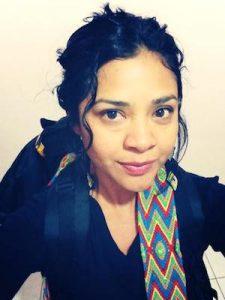 Jazmín Novelo Montejo es originaria de Peto, Yucatán. Comunicadora y sociolingüista, es también locutora de radio y cantante en lengua maya.