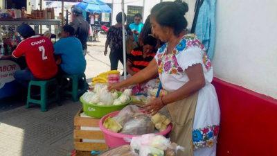 Indígenas, sólo folclor para el turismo