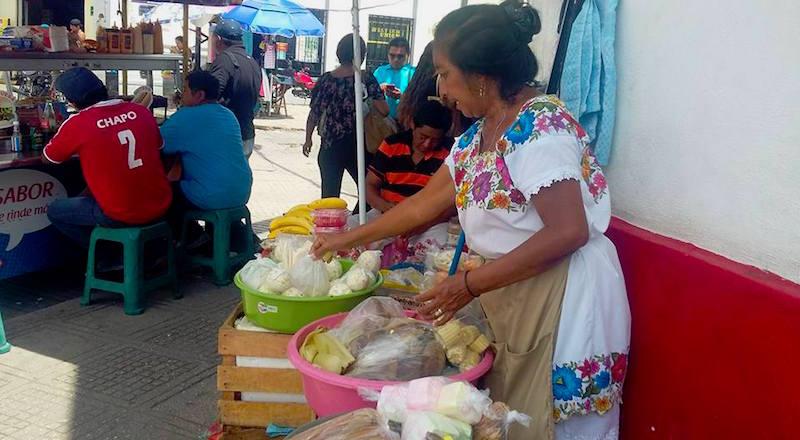 Los indígenas reducidos a folclor para el turismo