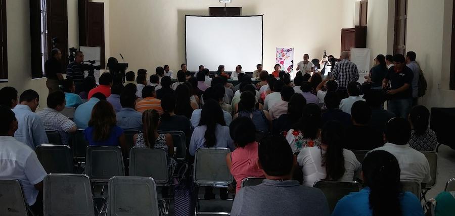 Inauguración del primer Encuentro de Escritores Mayas de la Península de Yucatán