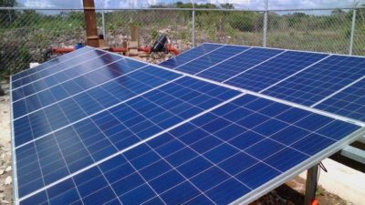 """Desaparecen misteriosamente"" 14 paneles solares nuevos en Cisteil"