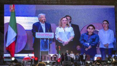 """La histórica hazaña de los """"AMLOvers"""" en México"""