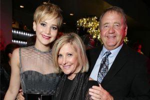 Jennifer Lawrence sigue los pasos de sus padres