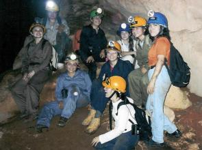 Mujeres, la fortaleza de Ajau en 22 años explorando grutas de Yucatán